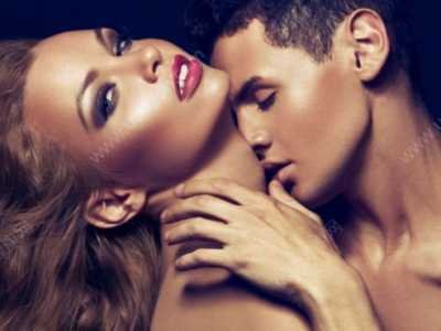 男人吻女人下�w的�D片 男人�H吻女人下�的�D片集